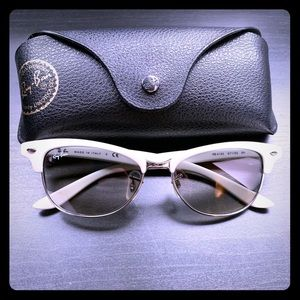Rayban Clubmaster with case